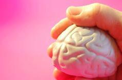 Formar emocionalmente a los pacientes crónicos, una manera eficaz de mejorar su estado de salud